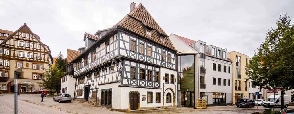 +++Skandal: Martin Luthers Nachbarhaus zum Lutherhaus deklariert+++